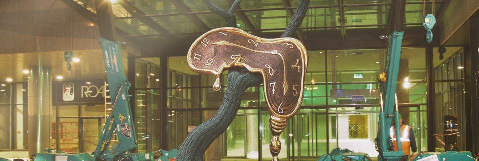 Sculpture of Salvador Dali